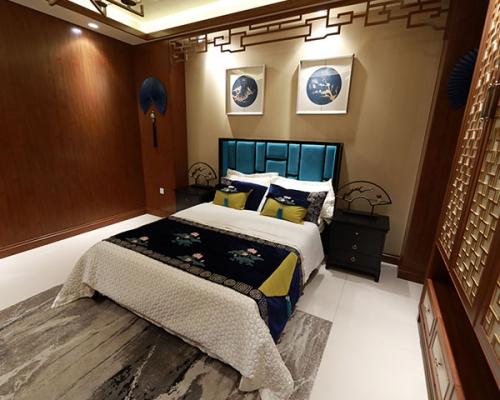 美凯龙中式卧室墙面花格空间