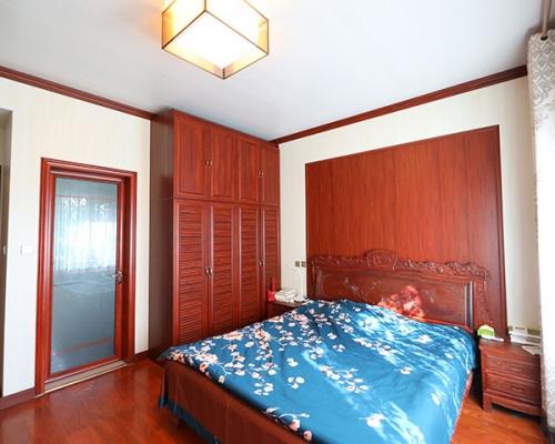 碧桂园一楼卧室
